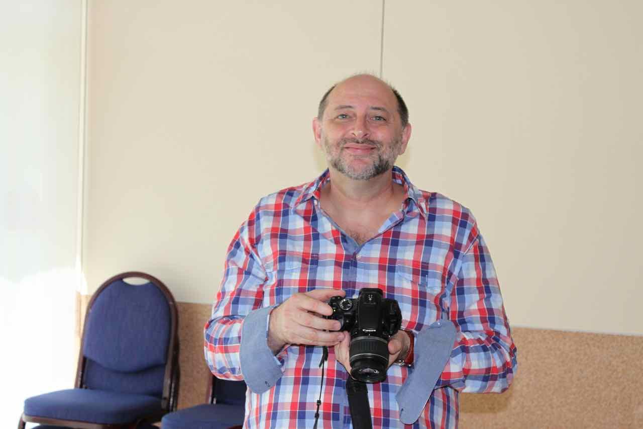 vial-emma-kunz-seminar-stefan-kessler-mit-seiner-kamera
