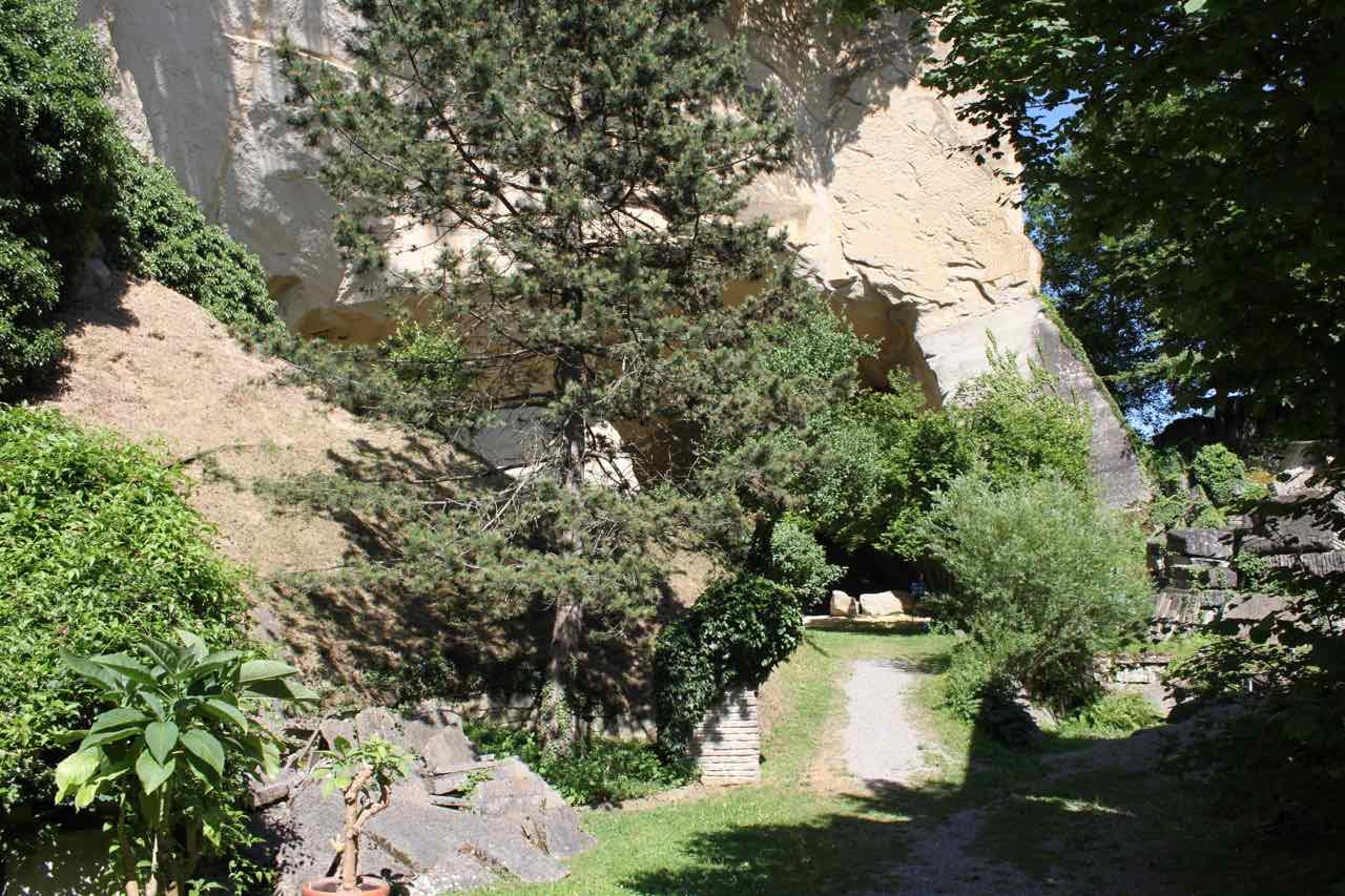 vial-emma-kunz-grotte-nhe-eingang